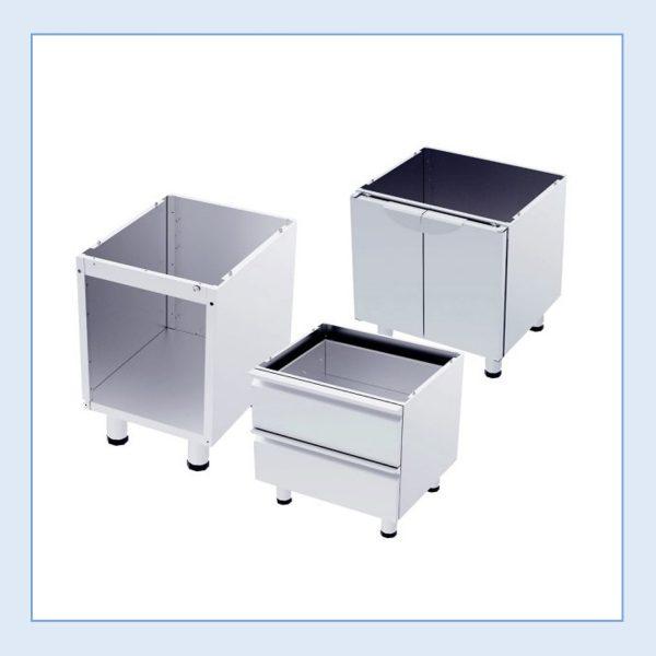 Standuri pentru echipamente